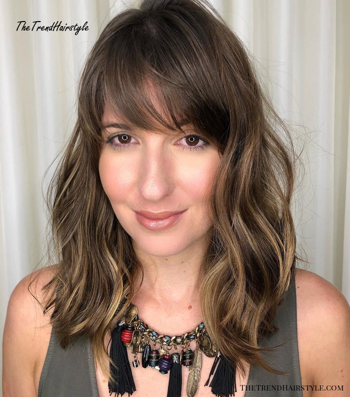 A-Line Lob With Highlights