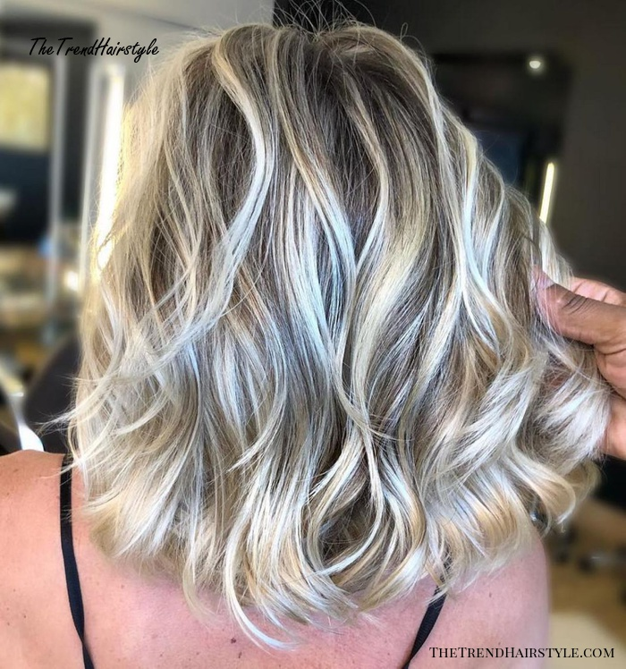 Feathered Mid Length Style 60 Fun And Flattering Medium Hairstyles For Women Of All Ages The Trending Hairstyle