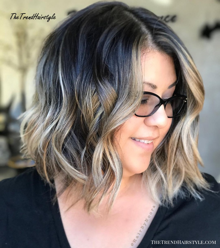 Black Wavy Bob With Blonde Highlights