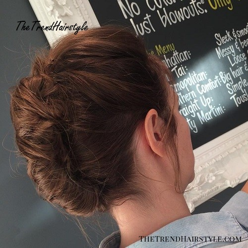 Messy French Roll Hairstyle 30 Easy And Stylish Casual Updos For Long Hair The Trending Hairstyle