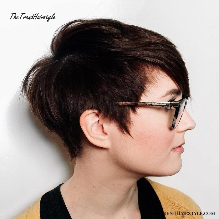 Round Face Fix 50 Cute Looks With Short Hairstyles For Round Faces The Trending Hairstyle