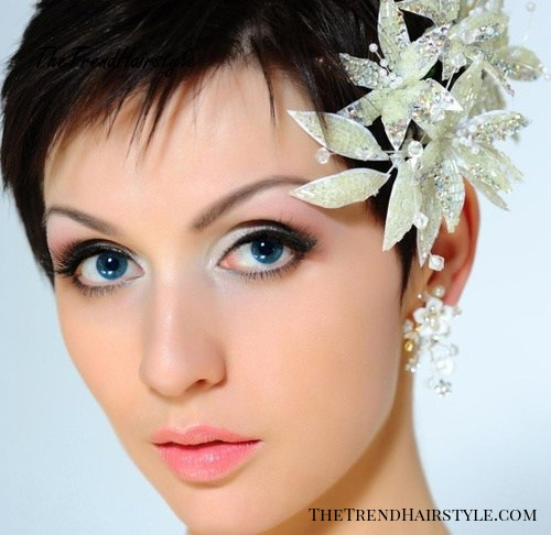 Indian bridal hairstyle for short hair