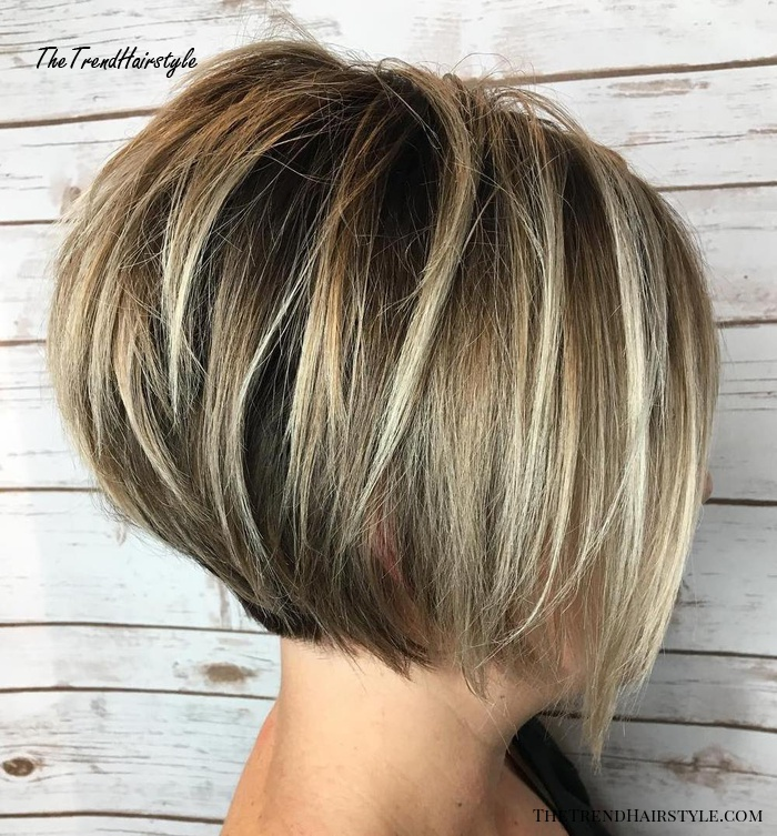 Jaw-Length Stacked Bob With Highlights