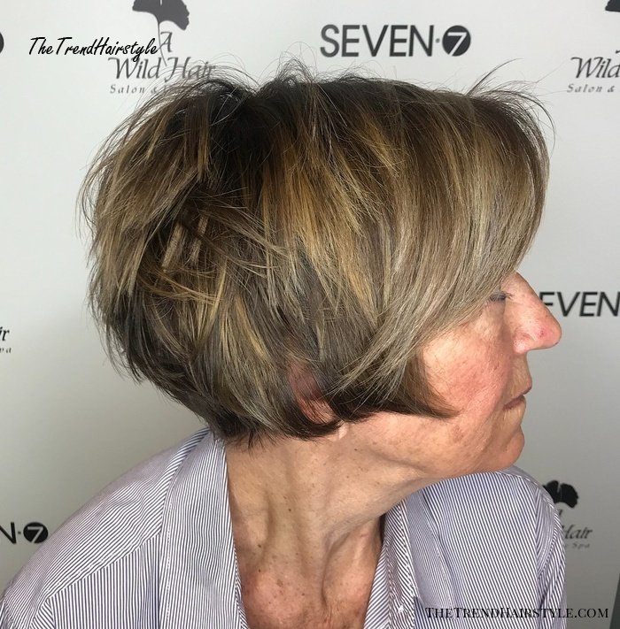 Layered Pixie Bob With Highlights