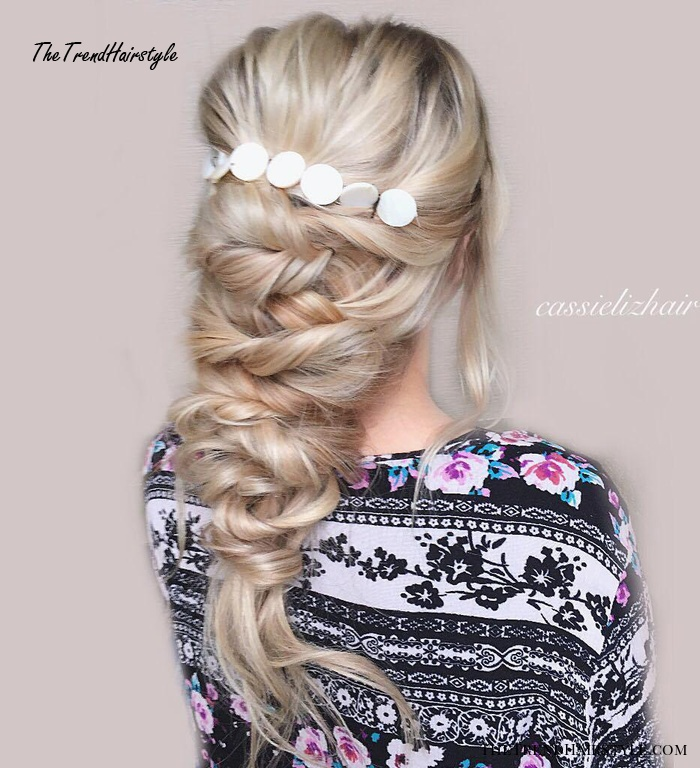 Pearl Blond Twisted Downdo