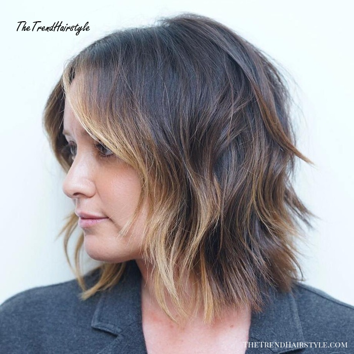 Polished Bob With Face-Framing Highlights