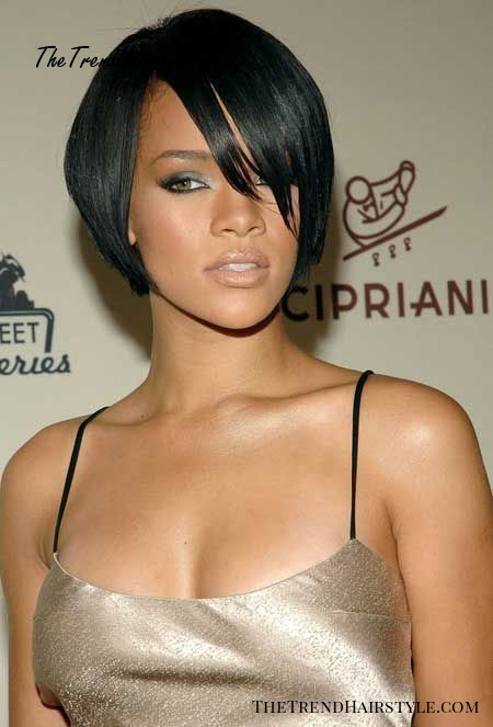 Rihanna short sleek bob