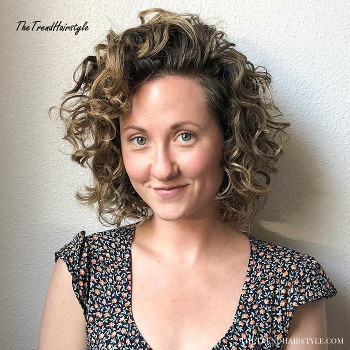 Scrunched Curly Bob Hairstyle