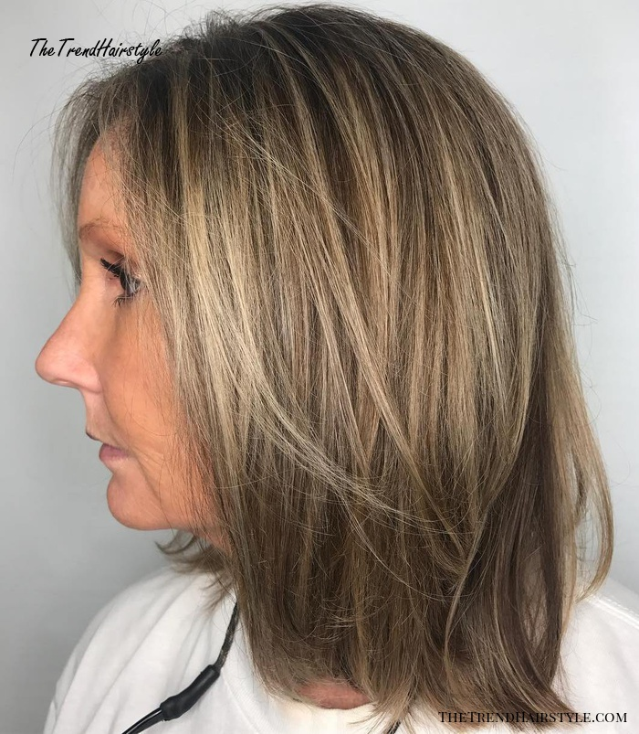 Shoulder-Length Hairstyle For Straight Hair
