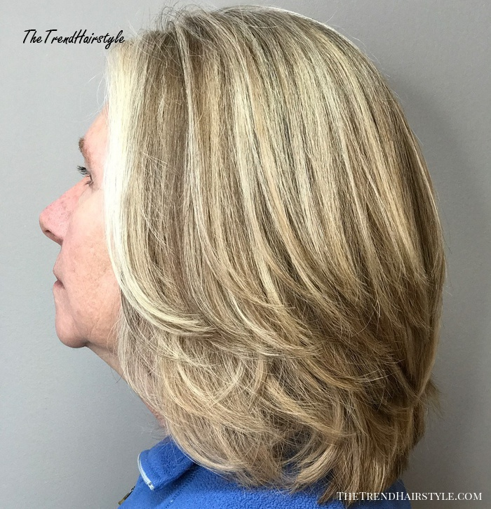 Shoulder Length Hairstyle With Layers