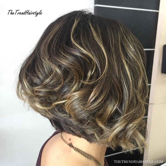 Thick Inverted Wavy Bob With Subtle Highlights