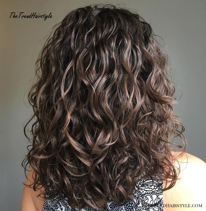Voluminous Wavy Permed Hair