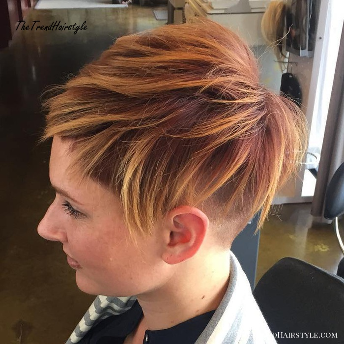 Women's Short Undercut With Highlights