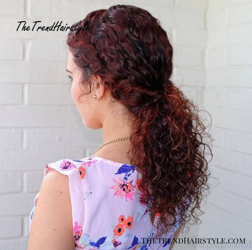 low ponytail for curly hair