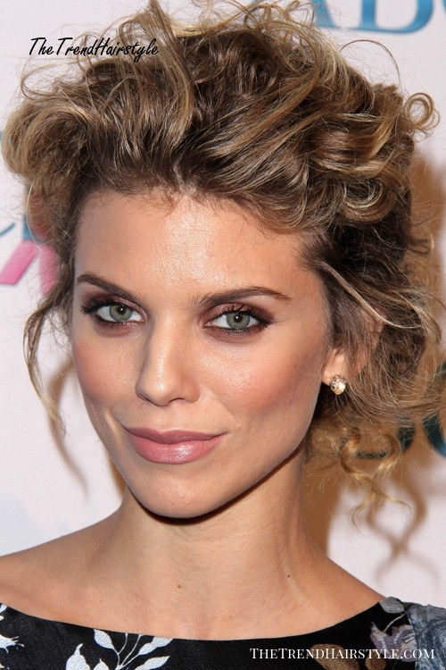 messy bun hairstyle for long hair