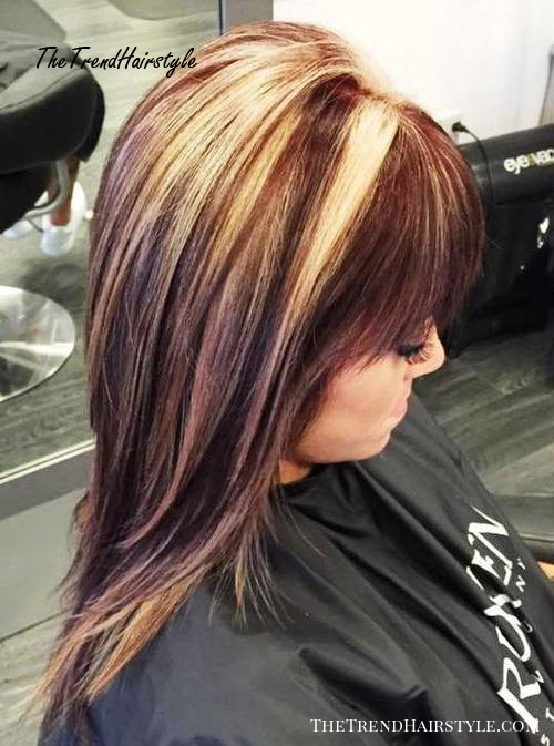 reddish brown hair with chunky blonde highlights
